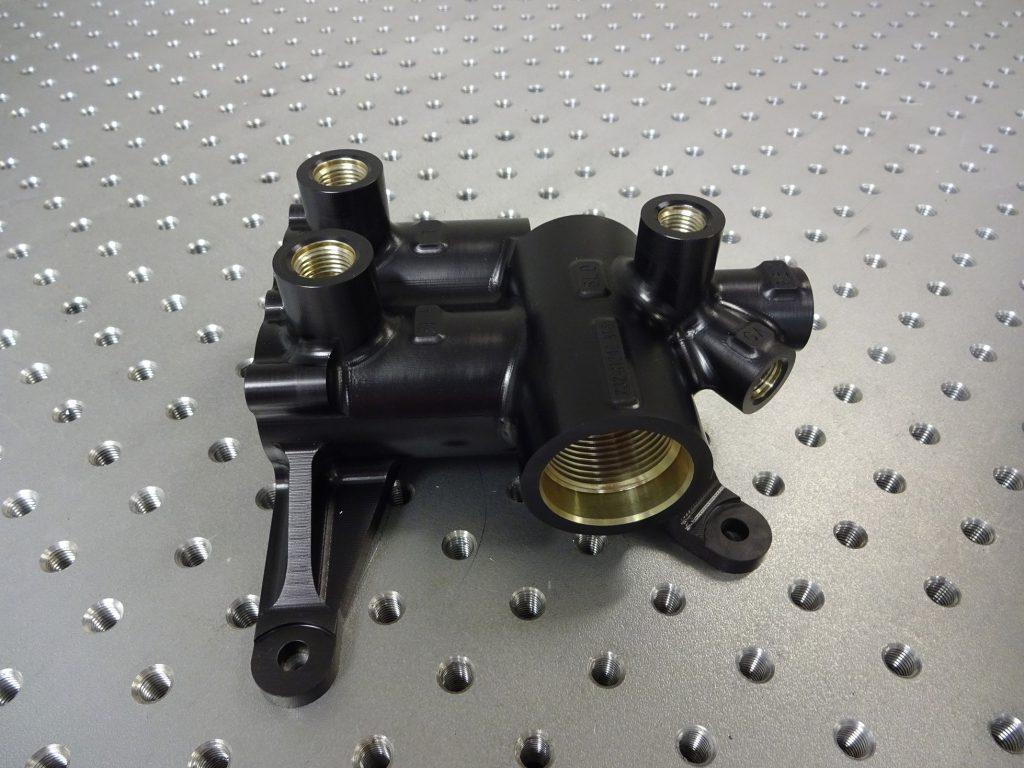 Reservoir pressure manifold PMA